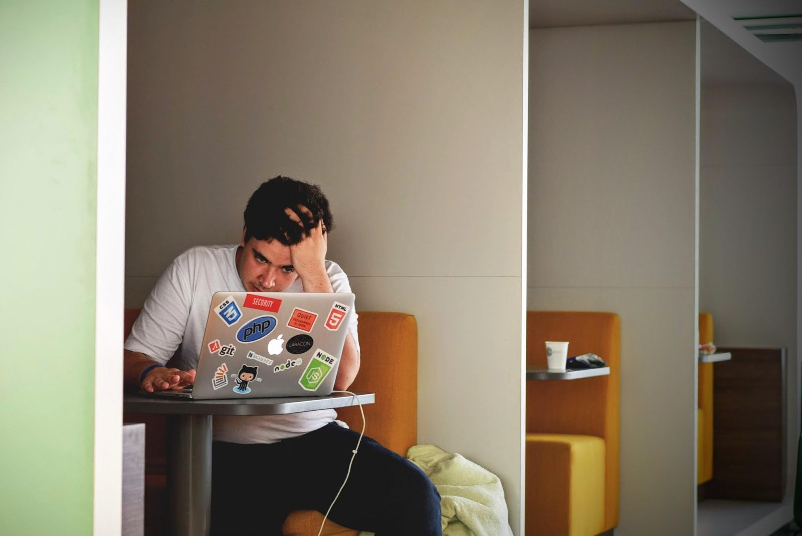 Ecommerce Developers Share Their Biggest B2B Pet Peeves